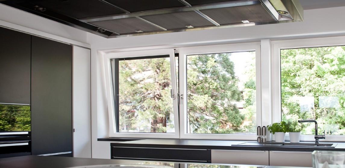ablakpárkány-vecsés